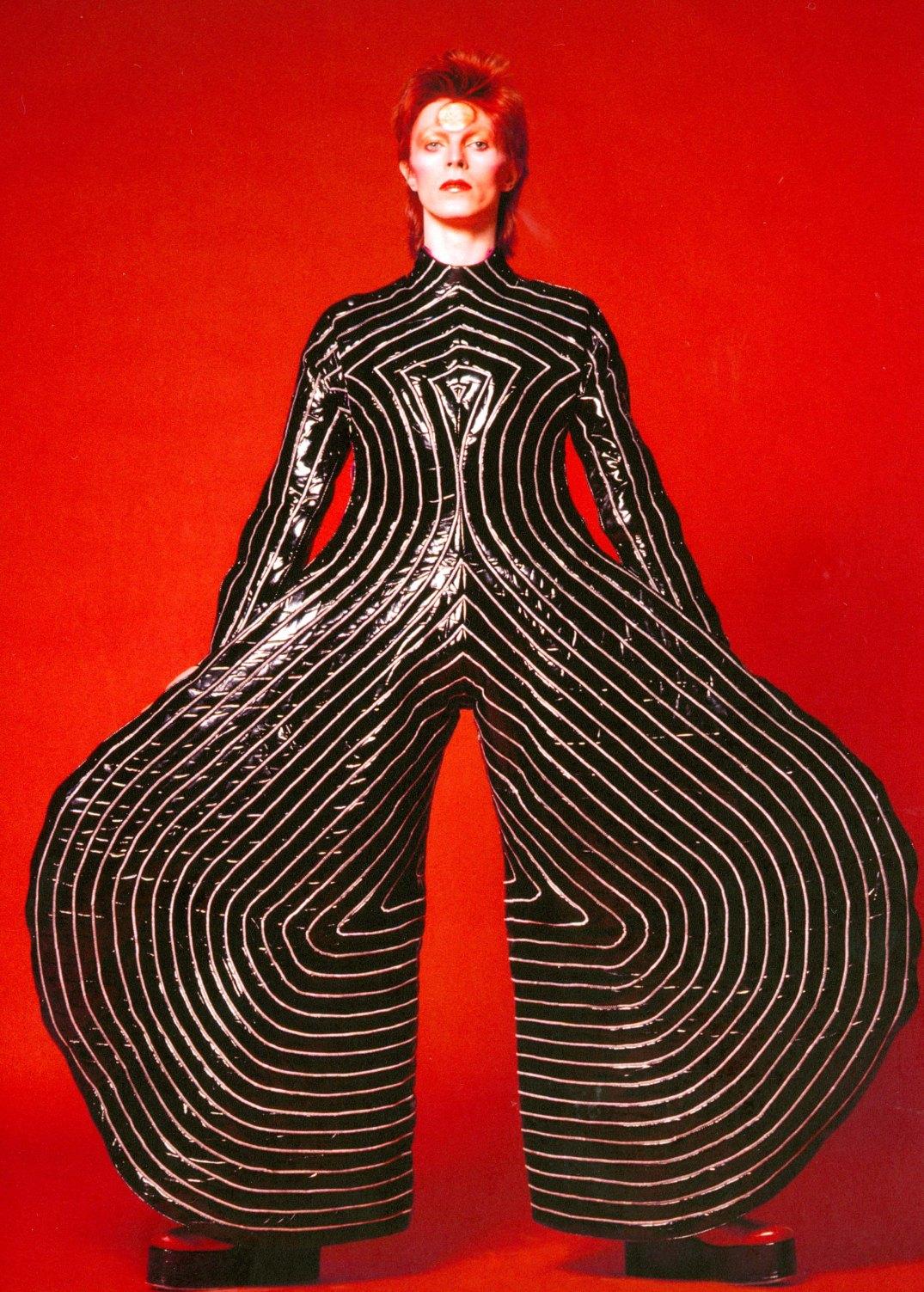 (Photographie de Masayoshi Sukita/ The David Bowie Archive)