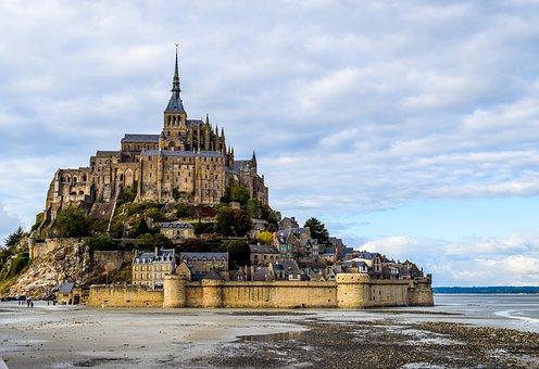 mont-saint-michel-2489345__340.jpg